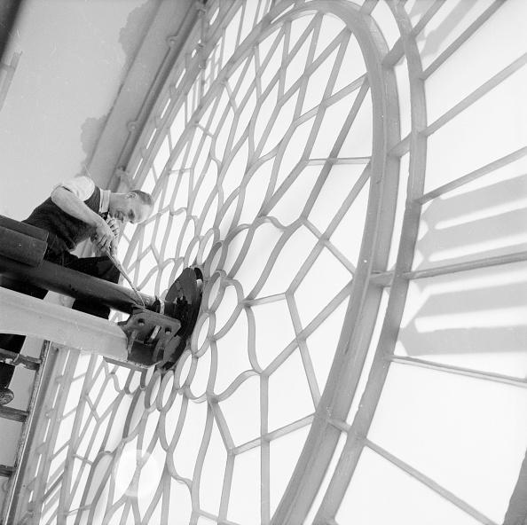 Construction Industry「Clock Work」:写真・画像(19)[壁紙.com]
