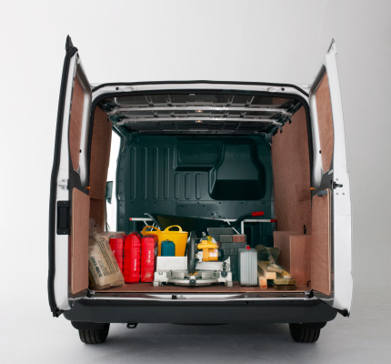 Portability「back of van with doors open and building materials」:スマホ壁紙(10)