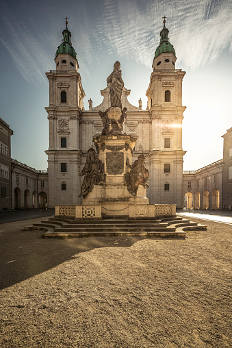 Music Festival「Salzburg Cathedral early morning in autumn」:スマホ壁紙(13)