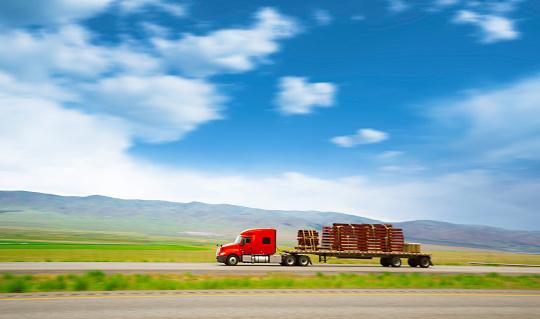 Struggle「Truck on the road」:スマホ壁紙(7)