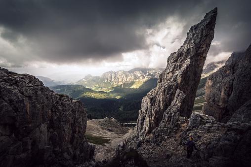 European Alps「Hiking in the dolomites」:スマホ壁紙(10)