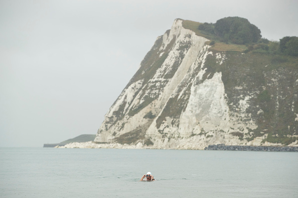 Swimming「UN Patron Of The Oceans Completes 'Long Swim' From Land's End To Dover」:写真・画像(0)[壁紙.com]