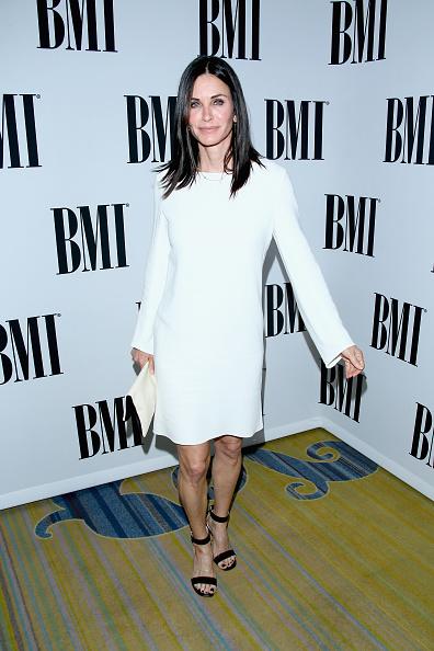 カメラ目線「64th Annual BMI Pop Awards - Arrivals」:写真・画像(16)[壁紙.com]
