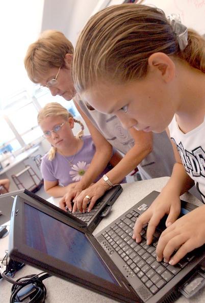 Internet「Paperless School」:写真・画像(6)[壁紙.com]