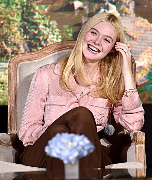 """Elle Fanning「Global Press Conference for Disney's """"Maleficent:  Mistress of Evil""""」:写真・画像(16)[壁紙.com]"""