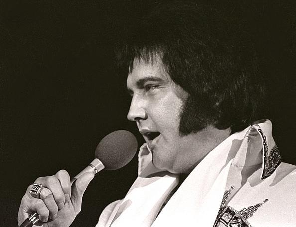 エルヴィス・プレスリー「Elvis Presley」:写真・画像(15)[壁紙.com]
