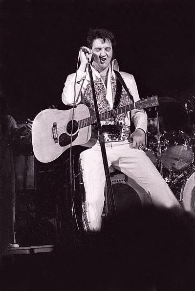 エルヴィス・プレスリー「Elvis Presley」:写真・画像(19)[壁紙.com]