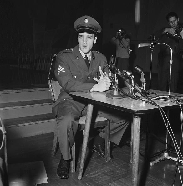 Military Uniform「Elvis Presley」:写真・画像(8)[壁紙.com]