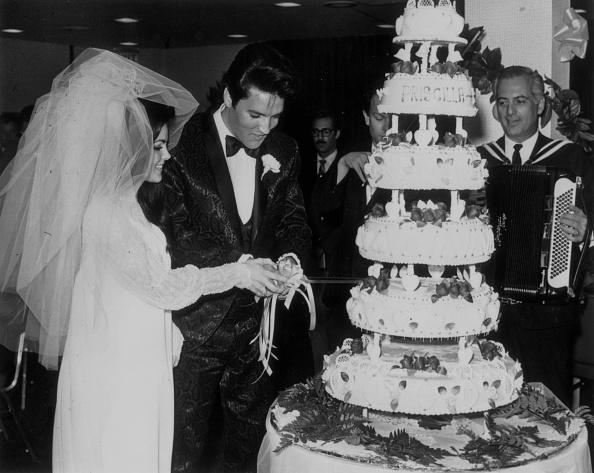 エルヴィス・プレスリー「Elvis Ties The Knot」:写真・画像(19)[壁紙.com]