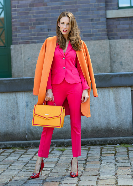 Orange Color「Marc Cain - Street Style - Berlin Fashion Week Spring/Summer 2019」:写真・画像(6)[壁紙.com]