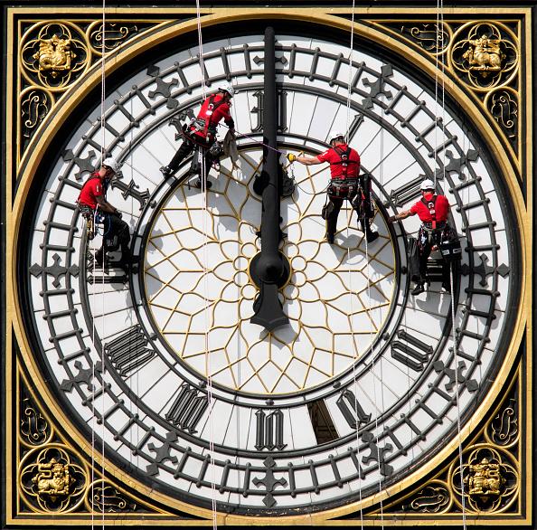 Clock「Cleaning Of Big Ben's Clock face」:写真・画像(13)[壁紙.com]