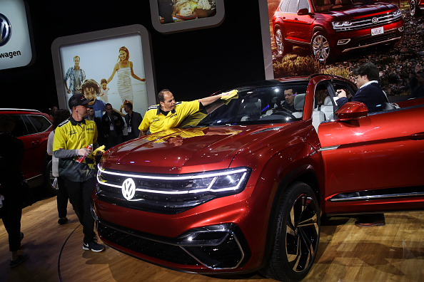 Tradeshow「Automobile Manufacturers Debut Latest Models At The New York International Auto Show」:写真・画像(12)[壁紙.com]