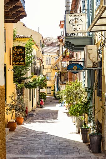 Alley「Greece, Peloponnese, Argolis, Nauplia, Old town, alley」:スマホ壁紙(0)