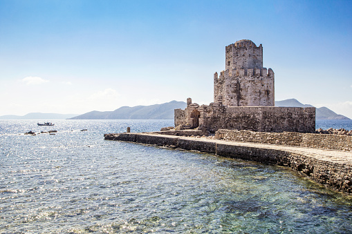 Mediterranean Sea「Greece, Peloponnese, Messenia, Methoni, Fortress, Tower Burtzi and Sapientza Island in the background」:スマホ壁紙(10)