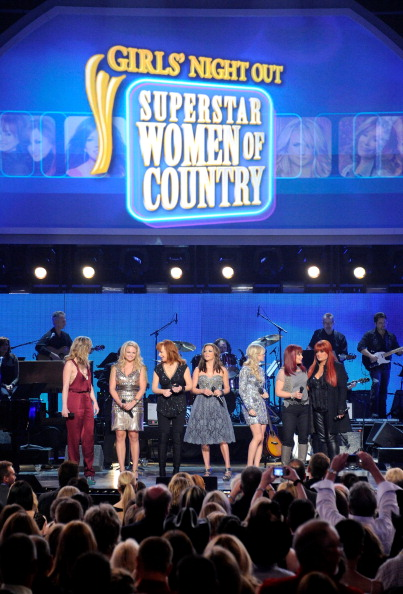 MGM Grand Garden Arena「ACM Presents Girls' Night Out: Superstar Women Of Country - Show」:写真・画像(15)[壁紙.com]