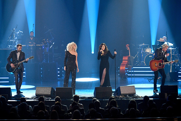 Dia Dipasupil「2018 MusiCares Person Of The Year Honoring Fleetwood Mac - Show」:写真・画像(19)[壁紙.com]