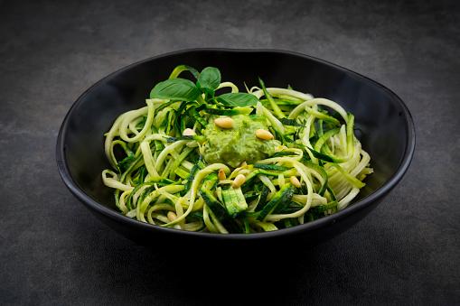 Pine Nut「Bowl of Zoodels with avocado basil pesto」:スマホ壁紙(17)