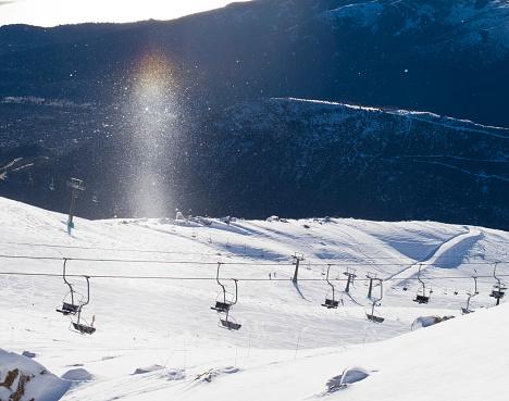 Ski Resort「Ski Lift On The Snowy Landscape Of Cerro Catedral In Argentina」:スマホ壁紙(0)