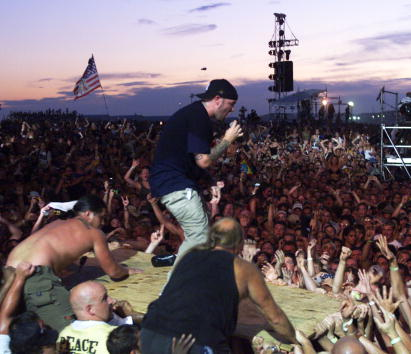1999「Woodstock 1999」:写真・画像(5)[壁紙.com]