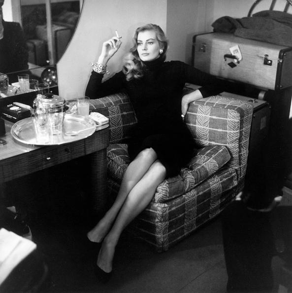 Suitcase「Anita Ekberg」:写真・画像(13)[壁紙.com]