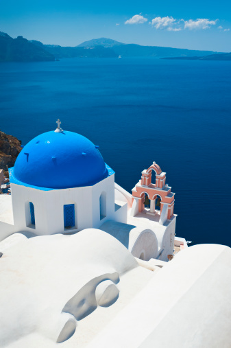 Santorini「Greece, Cyclades Islands, Santorini, Oia, Church with bell tower at coast」:スマホ壁紙(15)