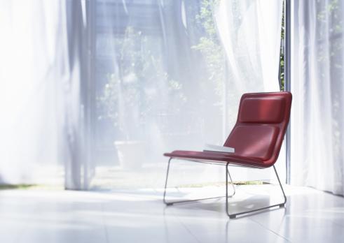Sunny「Chair」:スマホ壁紙(3)