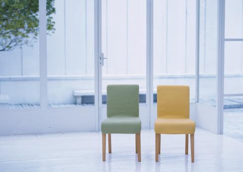 Two Objects「Chair」:スマホ壁紙(10)