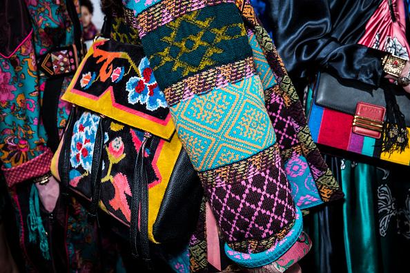 Tristan Fewings「Etro - Backstage - Milan Fashion Week Fall/Winter 2017/18」:写真・画像(9)[壁紙.com]