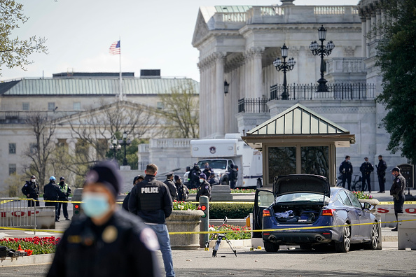 Capitol Hill「U.S. Capitol On Lockdown Due To External Security Threat」:写真・画像(6)[壁紙.com]