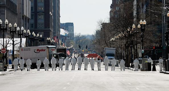 Kevork Djansezian「Memorials And Sunday Services Held In Honor Of Boston Marathon Bombing Victims」:写真・画像(16)[壁紙.com]