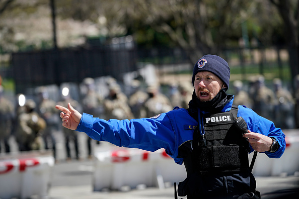 Capitol Hill「U.S. Capitol On Lockdown Due To External Security Threat」:写真・画像(5)[壁紙.com]