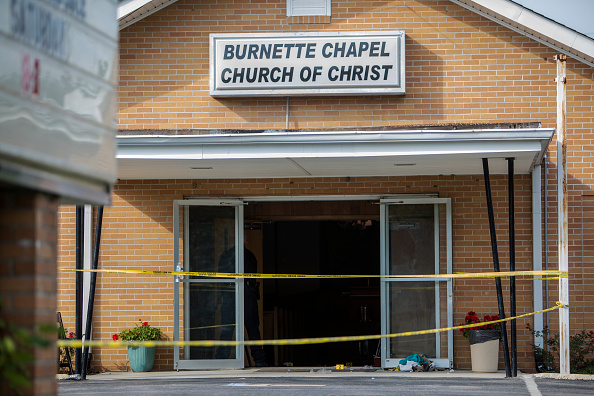 ������「Eight Wounded in Church Shooting In Tennessee」:写真・画像(11)[壁紙.com]