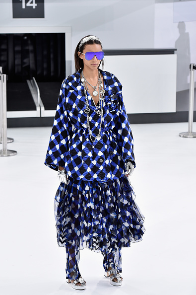 Pascal Le Segretain「Chanel : Runway - Paris Fashion Week Womenswear Spring/Summer 2016」:写真・画像(9)[壁紙.com]