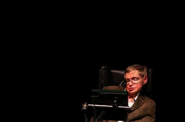 Speech「Physicist Stephen Hawking Lectures At UC Berkeley」:写真・画像(6)[壁紙.com]