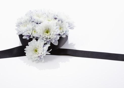 Funeral「Chrysanthemum flower arrangement (mourning image)」:スマホ壁紙(13)