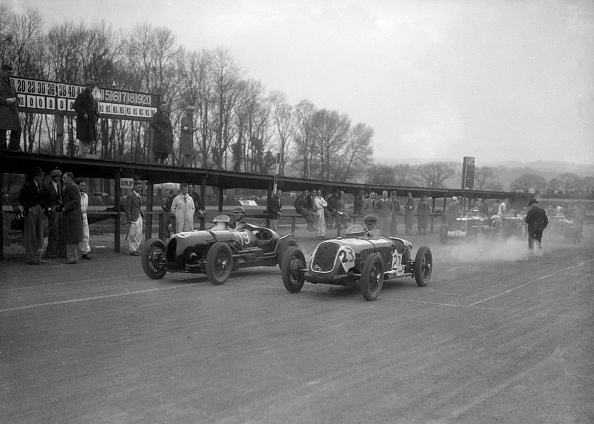 Race Car Driver「Riley and Alta racing at Donington Park, Leicestershire, c1930s」:写真・画像(5)[壁紙.com]