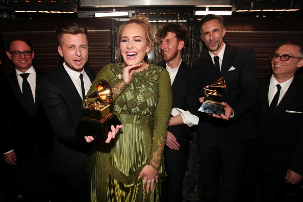 グラミー賞「The 59th GRAMMY Awards - Backstage」:写真・画像(7)[壁紙.com]