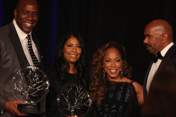 Sweet Food「The 2014 Steve & Marjorie Harvey Foundation Gala Presented By Coca-Cola - Show」:写真・画像(7)[壁紙.com]