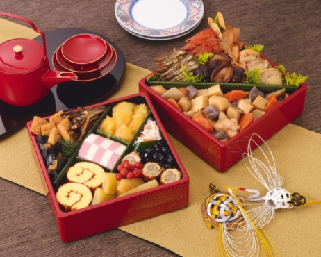 Sake「Assorted Japanese traditional New Years food in boxes, high angle view」:スマホ壁紙(15)