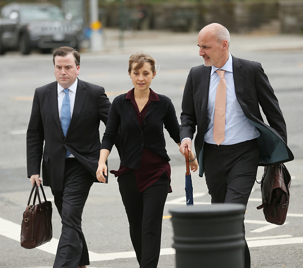 Brooklyn - New York「Actress Allison Mack Arrives At Court Over Sex Trafficking Charges」:写真・画像(12)[壁紙.com]