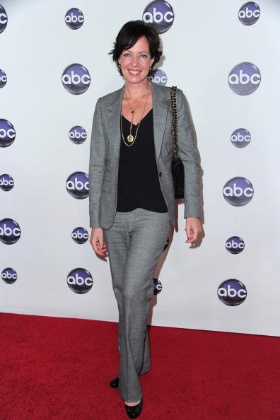 "Fully Unbuttoned「Disney ABC Television Group's TCA ""Winter Press Tour"" Talent Arrivals」:写真・画像(15)[壁紙.com]"