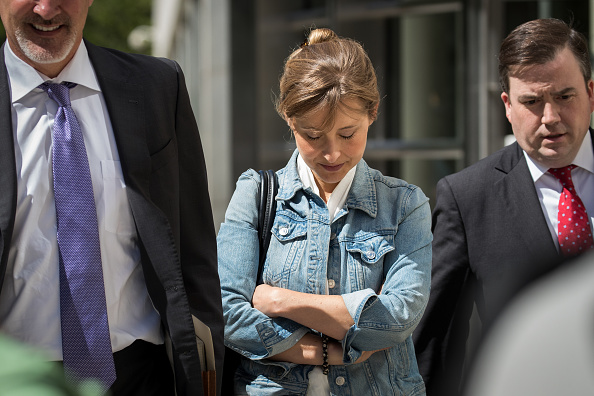 Keith Raniere「Cult Leader And Actress Charged With Sex Trafficking Operation Return To Court」:写真・画像(16)[壁紙.com]