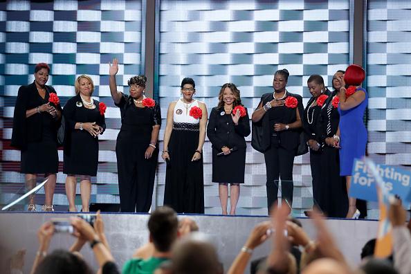 動き「Democratic National Convention: Day Two」:写真・画像(3)[壁紙.com]