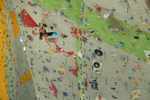 クライミング「Far From Mountains, Climbers Keep In Shape」:写真・画像(19)[壁紙.com]