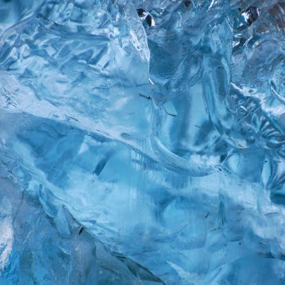 Ice Sculpture「detail of melting iceberg」:スマホ壁紙(3)