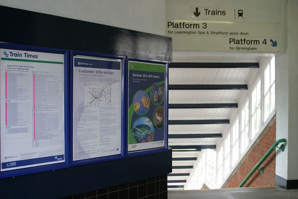 Finance and Economy「Glazed staircase and passenger information at Small Heath station」:写真・画像(4)[壁紙.com]