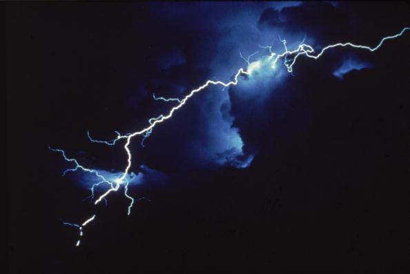 cloud「Lightning」:写真・画像(9)[壁紙.com]