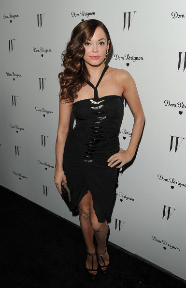 Halter Top「W Magazine, With Dom Perignon, Celebrates Its Best Performances Issue And The Golden Globes」:写真・画像(18)[壁紙.com]