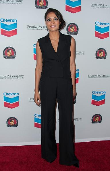 Sleeveless「The Cesar Chavez Foundation's 2014 Legacy Awards Dinner - Arrivals」:写真・画像(2)[壁紙.com]