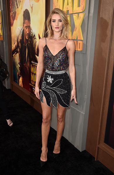 "Rosie Huntington-Whiteley「Premiere Of Warner Bros. Pictures' ""Mad Max: Fury Road"" - Red Carpet」:写真・画像(13)[壁紙.com]"